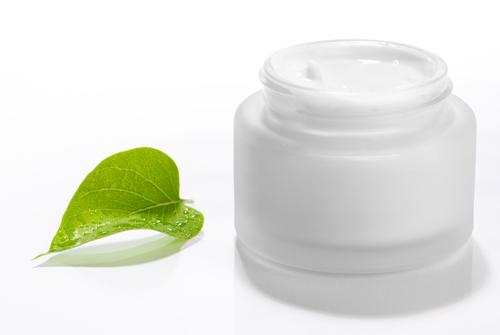 De la crème des taches de pigment dans la pharmacie