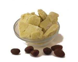 Un soin hydratant et protecteur : le beurre de karité en VIDEO!