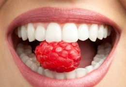 Conseils pour des dents saines si on mange sucré