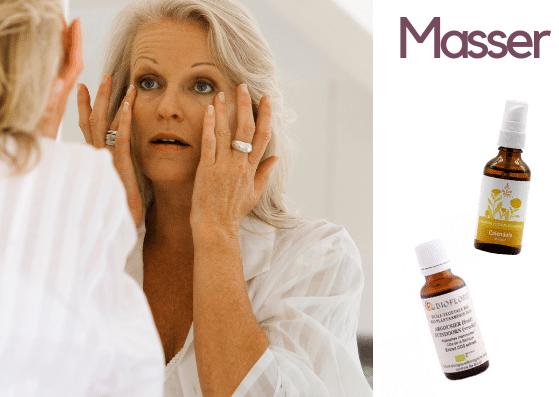 massage du visage avec une huile vitaminée